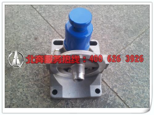 北奔重卡-油水分离器座(带泵)